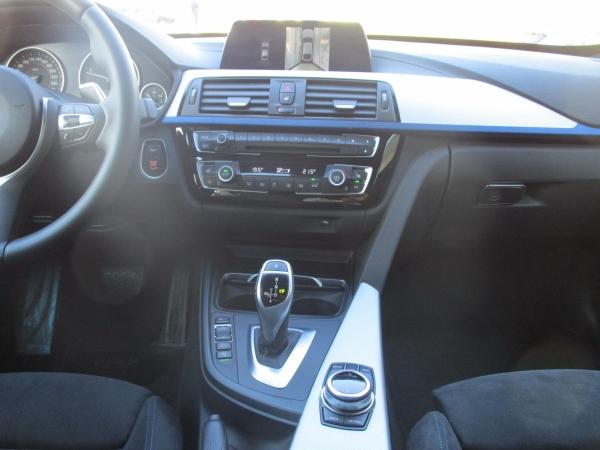 BMW 320d xDrive GT 02
