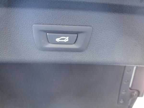 BMW 320d xDrive GT 08