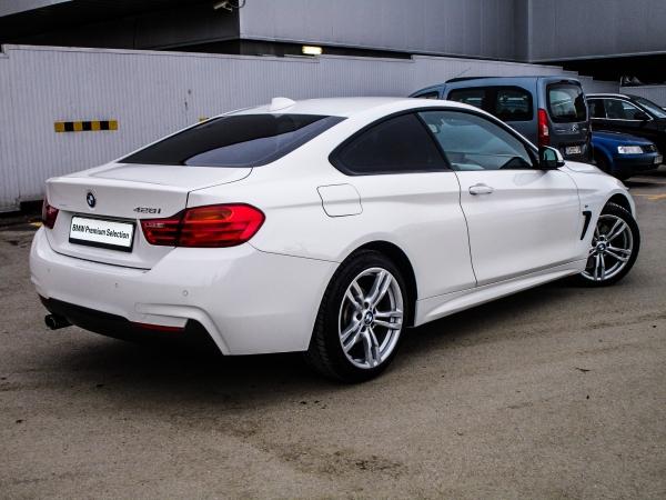 BMW 428i Coupe 03