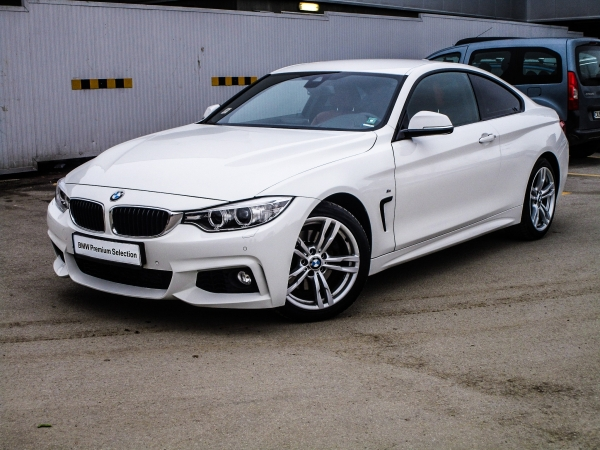 BMW 428i Coupe 01