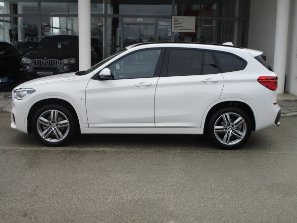 BMW X1 xDrive 18d 03