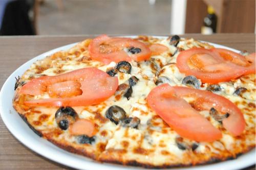 Пица Гръцка
